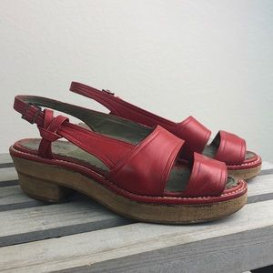 Vintage 70s Red Leather Wedge Sandals Size 4